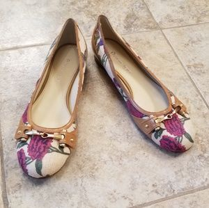 Like New Etienne Aigner Leather Ballet Flats